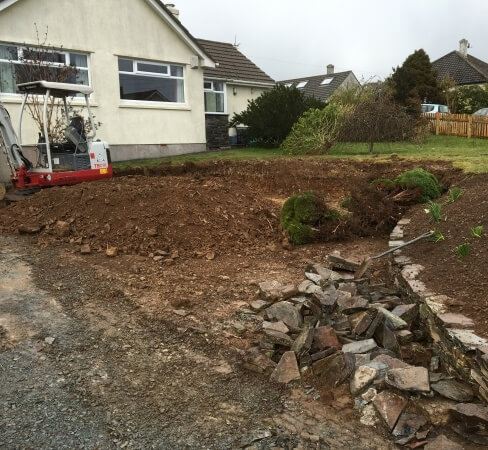 Groundwork contractor for tarmac driveways