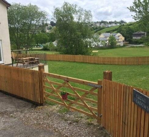 Fencing contractor example photo
